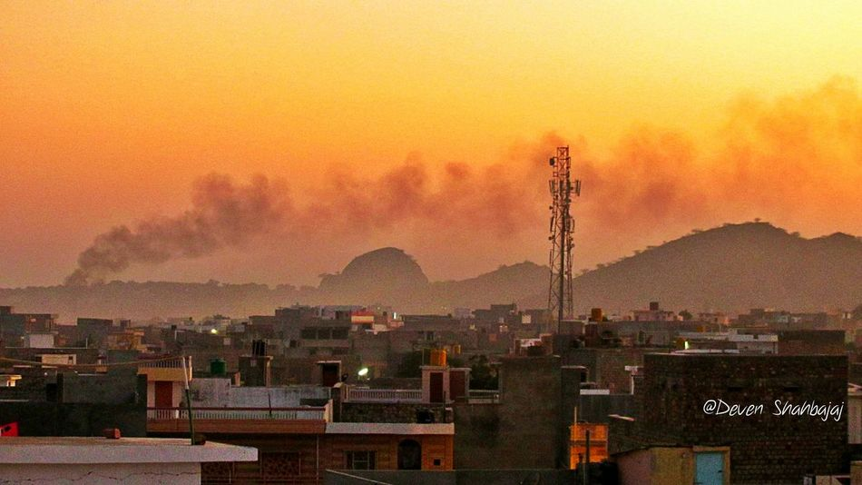 The Changing City view from My Terrace, the smoke of burning wastage, the mobile tower, the mountains, homes around, the evening silhouette, all Makes it Perfect :) Open Edit Color Explosion Looking To The Other Side Canon Nature_collection EyeEm Nature Lover Nature Nature Photography Check This Out Sillhouette India Landscape Clouds And Sky Eye4photography  Tadaa Community EyeEm Masterclass EyeEm Best Shots EyeEm Best Edits Shuttermag Getting Inspired Getting Creative Beautiful
