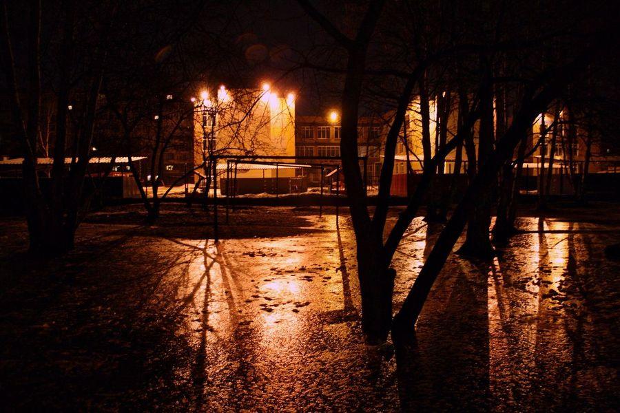 Атмосфера ночных дворов ✨ Ekaterinburg Ekaterinburg_foto Ekaterinburgcity Екатеринбург Night Street Night Lights Night City Atmosphere Atmospheric Light Night Street Ночь атмосфера ночныепрогулки ночной город ночная тема ночные дворы ночные улицы ночные огни Nightphotography
