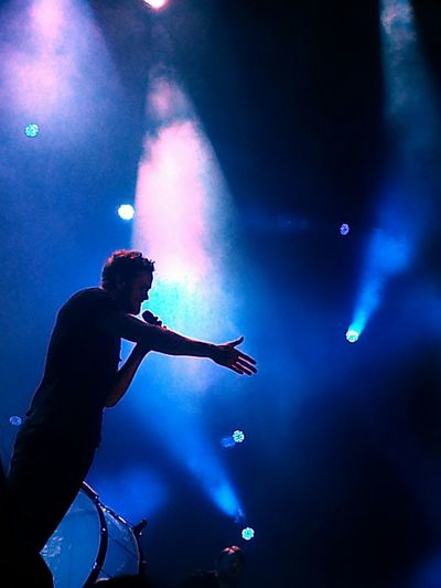 I went to a Imagine Dragons concert. I was taking so many pictures when I went through my gallery I found this amazing shot. PhonePhotography Memories Taking Photos Had Fun Amazing Concert Photography