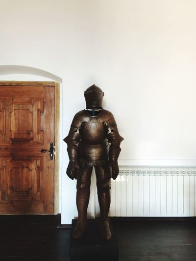 EyeEm Selects Human Representation Male Likeness Statue Indoors  Sculpture No People Close-up Day Armour Armored