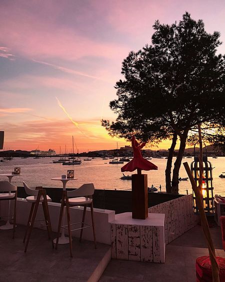 Tonight's dinner views have been out of this world 😍👌🏽 Sunset Sea Tranquility Ibiza Sky Sunset Travel Talamanca