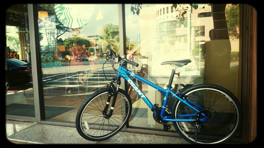 bicycle life Drinking A Latte Relaxing