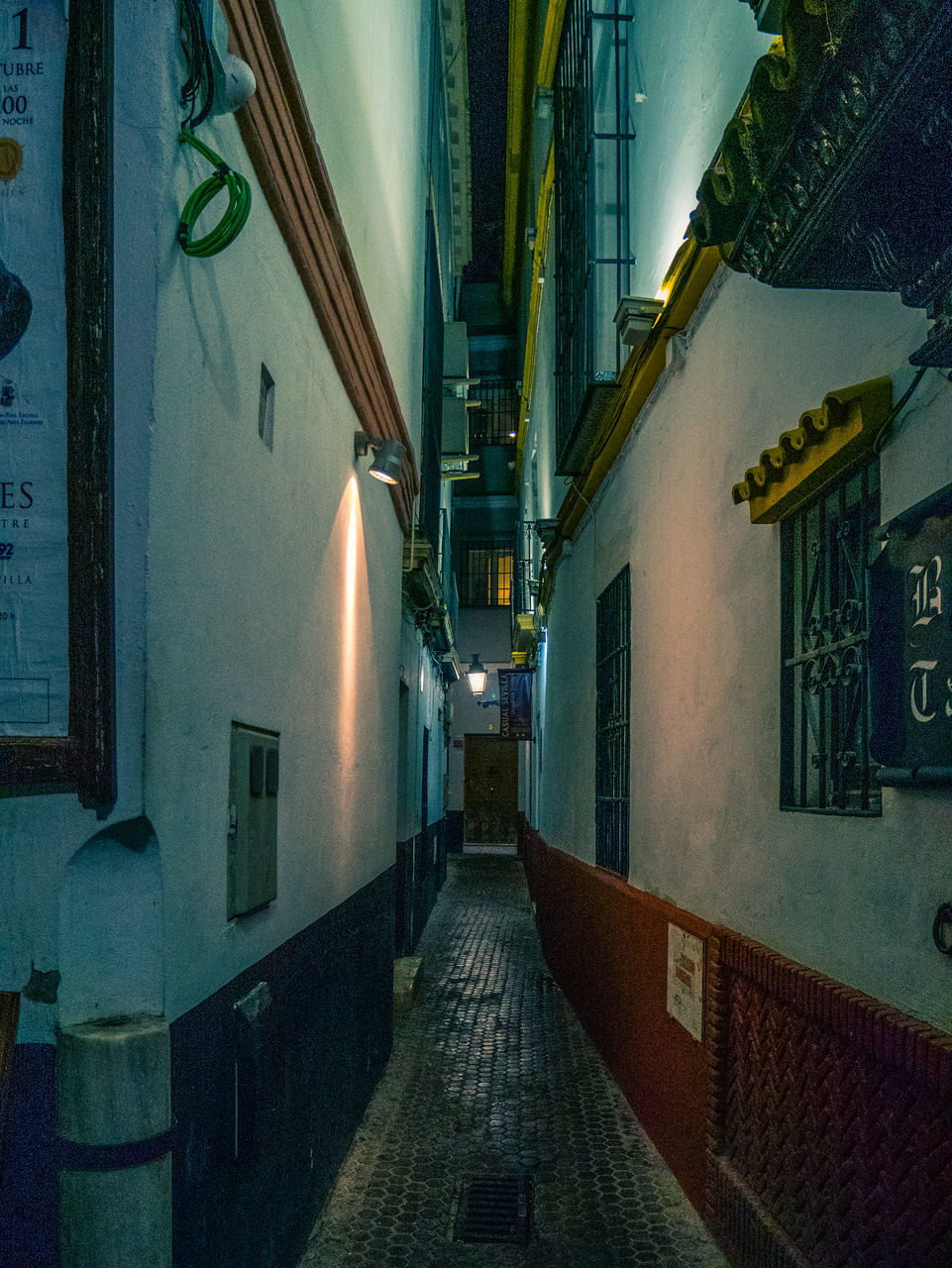 architecture, building exterior, built structure, building, the way forward, residential district, direction, city, illuminated, no people, street, night, footpath, narrow, alley, window, outdoors, empty, lighting equipment, house