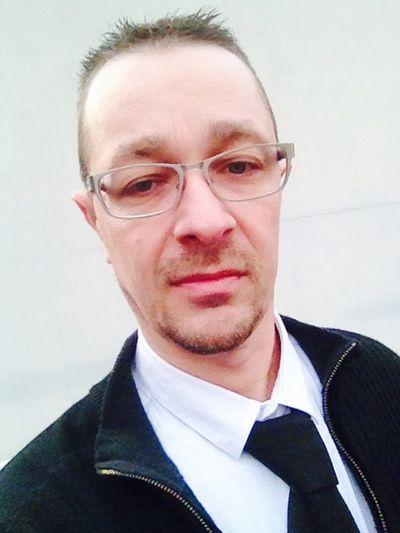 Profile picture Selfie : self portrait That's me