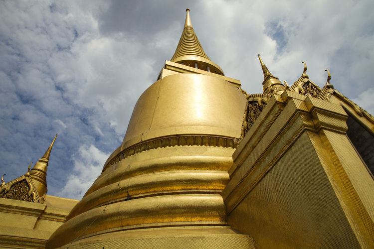 Bell Gold Spirituality Thai Thailand Architecture Buddhism Building Building Exterior Built Structure Cloud - Sky Day Gold Gold Colored Low Angle View No People Outdoors Pagoda Place Of Worship Religion Sky Spirituality Statue Travel Destinations