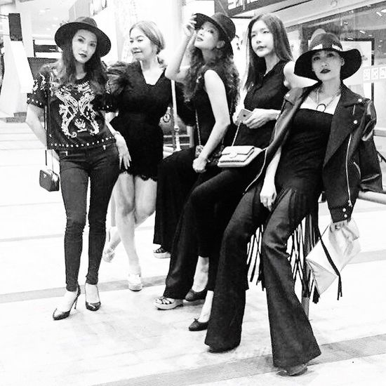 Woman Gangster Thaipeople Party Taking Photos Hanging Out Family❤ Style B&W Portrait Loveyouall