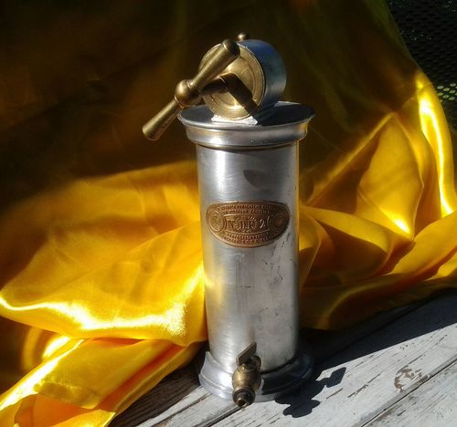 Mechanical Things Medical Equipment Antique Medical Object Gold Colored Irrigateur Dr. Eguisier Metal Silver Colored