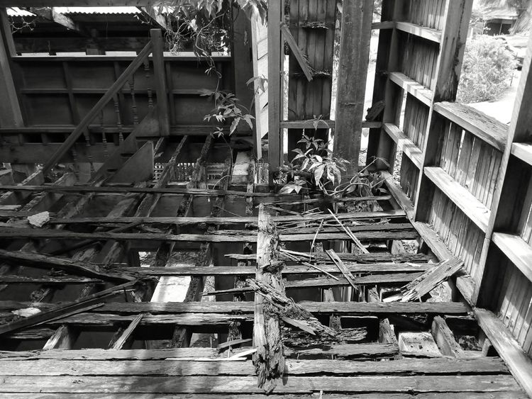 My original experiences that will last a memory of it is taking pictures inside an abandoned house at Ibajay, Aklan - Panay Island, Philippines. The place is in ruins. When I went to the upstairs I carefully step on the old wooden floor to prevent myself from accidentally falling down. It's one of my memorable photography because I need to be very careful walking the weak wooden floor just to take a good shot inside. Abandoned Abandoned Places Aklan, Philippines Black And White EyeEm Best Edits EyeEm Best Shots Eyeem Philippines Holiday Life Without People No People Original Experiences Wood