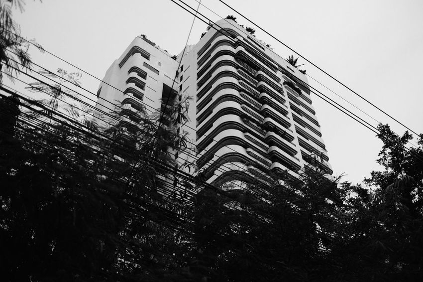 "Bandkok ""wired"" #fujifilm Architecture Bangkok Bangkok Thailand. Building Exterior Built Structure City Day Fujifilm_xseries Low Angle View Nature No People Outdoors Sky Skyscraper Skyscrapers Thailand Tree"