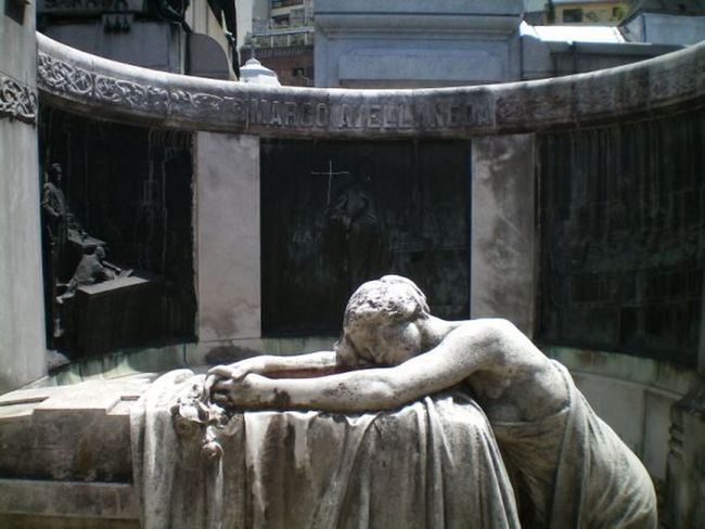 Ancient Day Eva Perón No People Outdoors Recoleta Cemetery Sculpture Statue