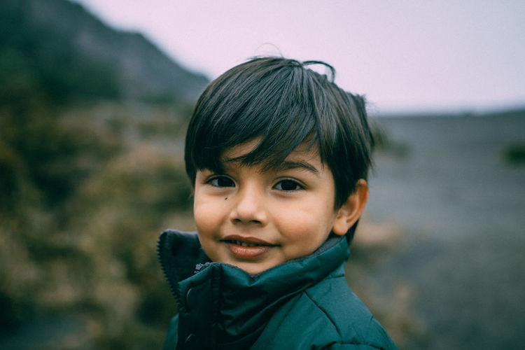 Beatiful Place Casual Clothing Headshot Jacket Kid Kids Kids Portrait Kidsphotography Lifestyles Portrait Smile VSCO Vscocam