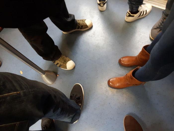 Metro High Angle View Human Leg People RerB Shoe Standing