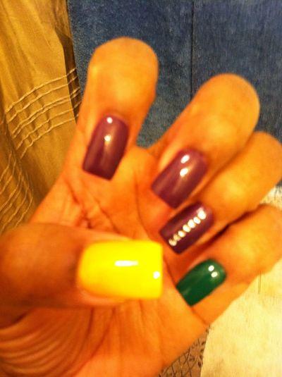 #Nailsflow Mardi Gras Colors