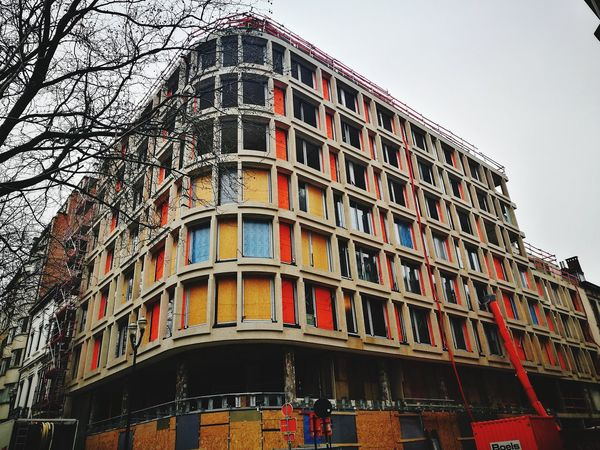 Streetphotography HuaweiP9 Huawei P9 Leica Huawei Photography Multi Colored Façade Facade Building Contructionwork Construction Construction Site City Architecture Sky Building Exterior Built Structure
