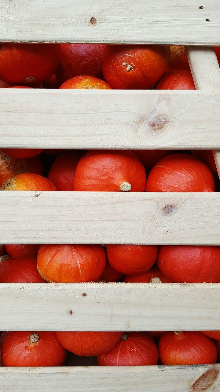 Full Frame Shot Of Pumpkins In Basket