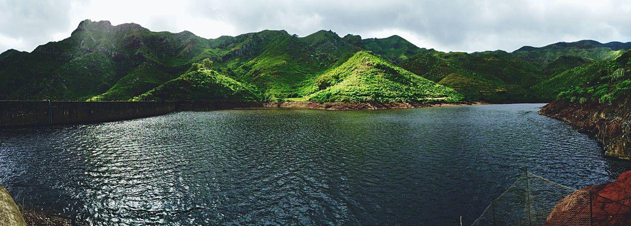 Anaga Santa Cruz De Tenerife Paseo Senderismo Tenerife Lake Embalse Presa Charca De Tahodio Happy