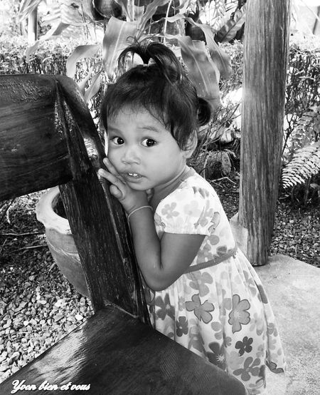 portrait Thailand Iles  Childhood Child Looking At Camera Girls Portrait Children Only Smiling
