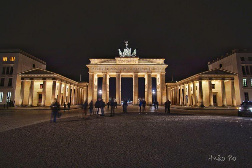 Berlin ,Brandenburger Tor Heikobo Nightphotography Berlin Brandenburger Tor Brandenburg Gate Berlinmitte City Night City Gate Tourism