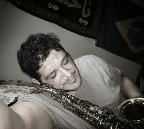 my very first saxophone! Sax Saxophone Saxophonelife Ilovesax Musical Instrument Headshot Domestic Room High Angle View Close-up Musical Equipment