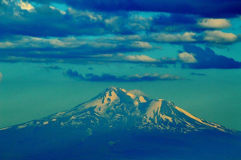 Mount Shasta, California Siskiyou Cloud - Sky No People Snow Outdoors Winter Mountain Sky Cold Temperature Sunset Day Nature EyeEmNewHere Eyeem Market EyeEm Best Shots Mount Shasta