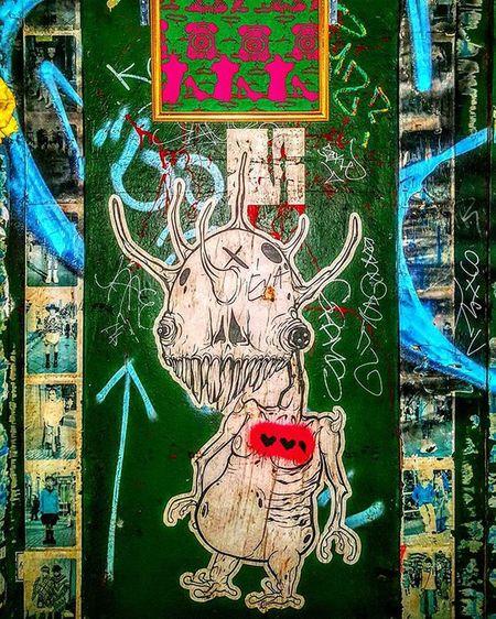 Montreal Street Art, Photo by @Epok_Artography Www.Epokartography.com Streetartphotography Streetart UrbanART Montrealstreetart Montréal Montréaljetaime Alien Tag Graffiti Wheatpaste Wheatpasteart ET Creature Streetartmontreal