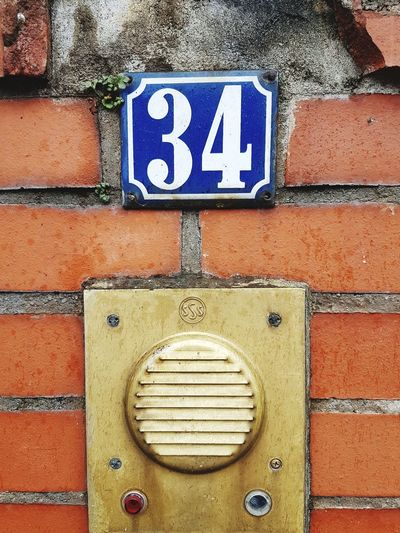 Disabled Access Disabled Sign Differing Abilities Close-up Bell Communication No People SymbolOutdoors Day Disability  Housenumber GERMANY🇩🇪DEUTSCHERLAND@ Text Number