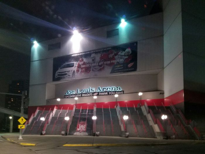 Joe Louis Arena❤ Illuminated Night Nightlife No People Stadium Ice Hockey DetroitArt Detroitpride Detroit, MI Detroitrevival Detroitriverwalk Downtown Detroit City Outdoors Joelouisarena Detroitredwings REDWINGS Architecture