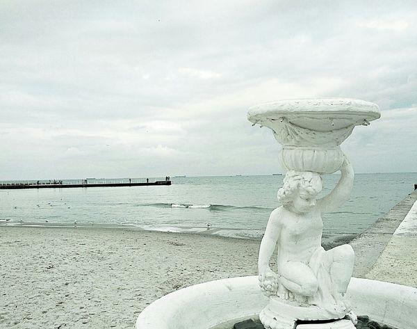 The antigue sea