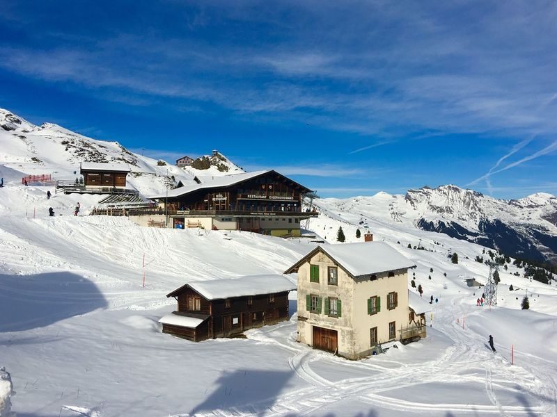 Kleine Scheidegg Jungfrau - Top Of Europe 🇨🇭 Switzerland Architecture Blue Sky Snow ❄ Traveling Landscape Traveling Photography Beauty In Nature Landscape_photography