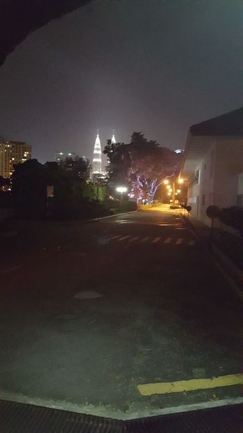 Night Lights Night Walk Around The Town Lights Petronas Twin Towers