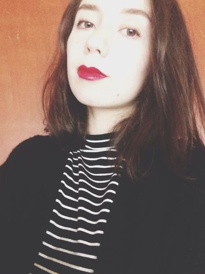 Tiny lips(?)