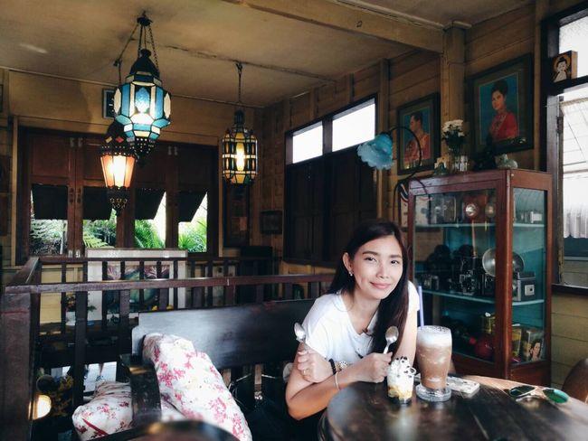 My Sunday ☕️🍪🍰🍦 Lifestyle Happyhour Coffee Shop Hello World Enjoying Life Nice Atmosphere Thaihouse Mylife Holidaytravels Strong Coffee Good Times Cake Smiling