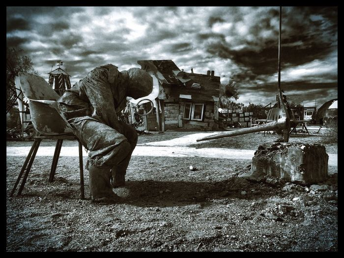 The feel when it's quitting time for the day. Taken at East Jesus near Slab City in Cali. Cali Slabcity Eastjesus Horror Scary Quitting Time Quit Travel Photography Photography