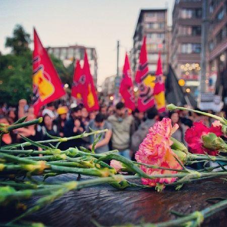 Kadıköy'de toplanan halk sloganlarla... 15.05.04 Maden Işçi Soma Kadıköy eylem protesto fotografturkiye fotoğraf instagramtr instagram instagood
