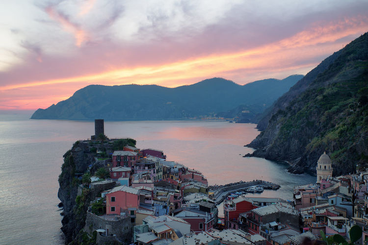 Vernazza Vernazza Vernazza Italy Cinque Terre Liguria Sea Italy Idyllic Travel Destinations Travel Sunset Sunset_collection Sunset #sun #clouds #skylovers #sky #nature #beautifulinnature #naturalbeauty #photography #landscape Water Sky Architecture Cloud - Sky Built Structure Building Exterior Scenics - Nature Residential District Mountain Range Town City Outdoors Mediterranean