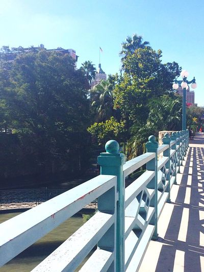 After Comic Con... Leading Lines Downtown Railing Nature Outdoors Sky Water Bridge Satx City Life Texas Skies Tranquil Scene Texas Sunlight