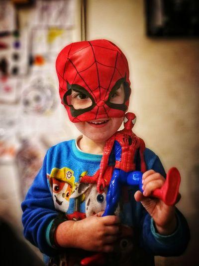 J'étais de garde... 🤖 Spiderman Kid Portrait Red Close-up Mask - Disguise