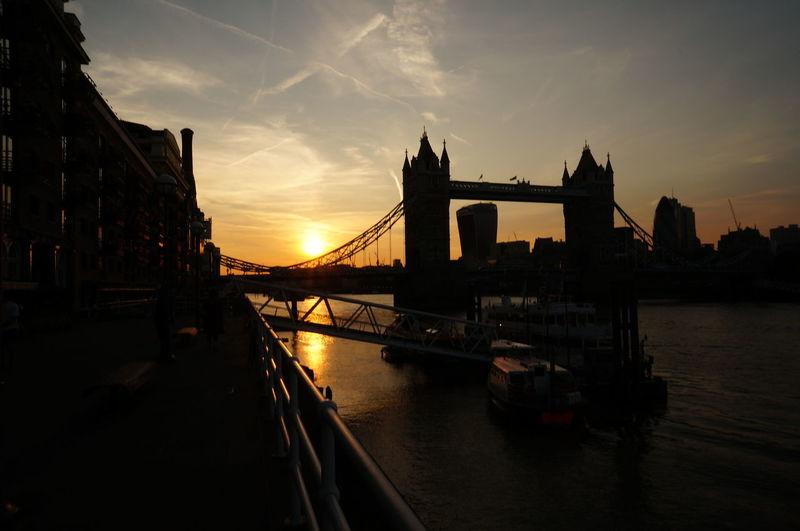 London Bridge River Thames Trip Architecture Bridge City Cityscape River Sights In London Sky Sunset Sunset In London Sunset On River Travel