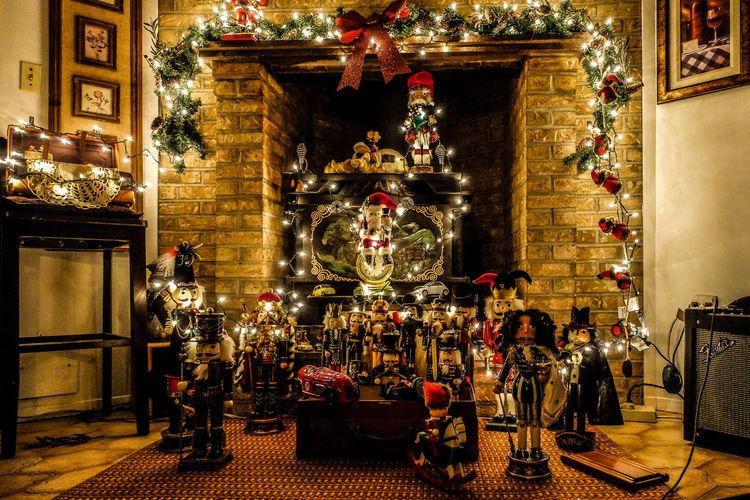 Christmas Christmas Christmas Decoration Christmas Decorations Christmas Lights Christmas Ornament Christmastime Illuminated Lights Natale  Navidad Night No People Noël Nutcrackers Statue Travel Destinations Xmas Xmas Decorations Xmas Time