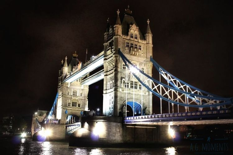 Towerbridge London City United Kingdom Architecture Bridge - Man Made Structure Illuminated Travel Travel Destinations Night Water River Tourism City Business Finance And Industry Suspension Bridge Sky Connection Building Exterior No People Outdoors Cultures Cityscape