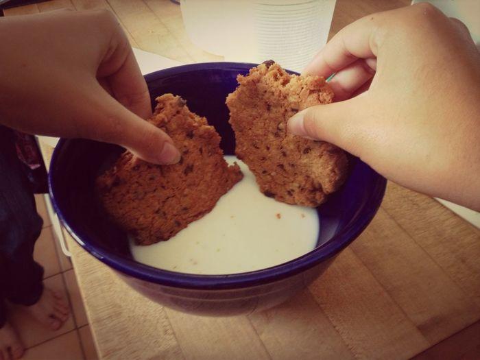 First world problem solved✌ #yesweusedabowl #dacookieswerehugeangous