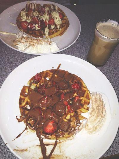 Waffles & Coffee..☕🍫🌌🌉 Unitedarabemirates UAE Lifeinuae Dubai DXB Waffles Chocolates