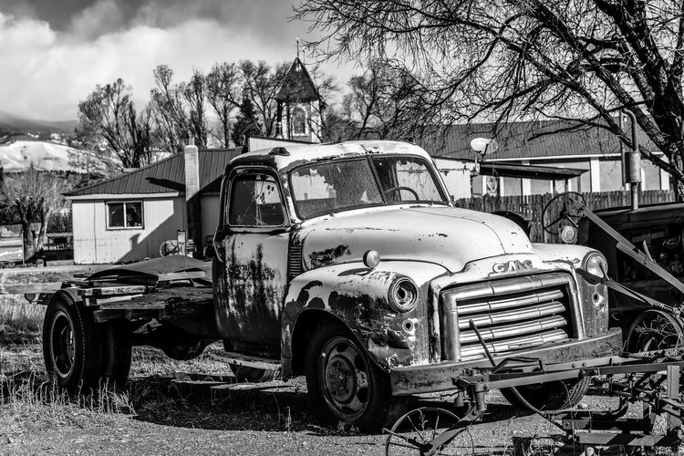 Road trip vfrom Boulder to Tucson Winter Abandoned B&w Blackandwhite Car No People Old Car Outdoors Truck