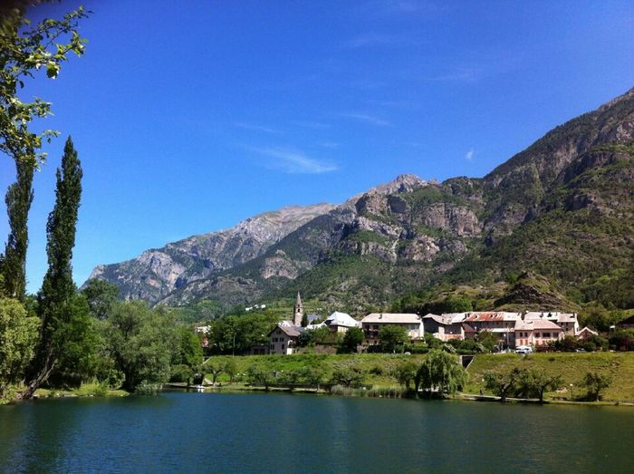 Alpes Lake Mountains Vallee De L'ubaye