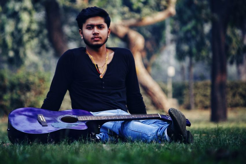 Rahul - Abshine photography Rahul Abshine Abshine_photography Canon Canon1200d Canonphotography Delhi Photography Photographyoftheday Picoftheday DSLR Camera One Man Only Only Men One Person Adult Adults Only Casual Clothing People Outdoors Grass Relaxation Portrait Macho Sitting Lifestyles Musician Day