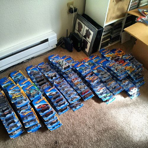 The other half of the 2009hotwheelsseries ....