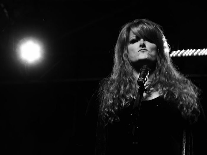 Wynonna Judd on stage at a free outdoor concert. Hanging Out Blackandwhite Black & White Concert Photography Performance Show Performer  Singer  Classic Face Retro Styled Lx100