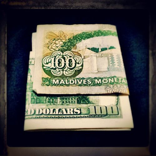 100thpost Rufiyaa vs Dollar 100 money picoftheday photooftheday 100th instagramers instagood instagrammv malecity maldivian maldivesphotography maldives
