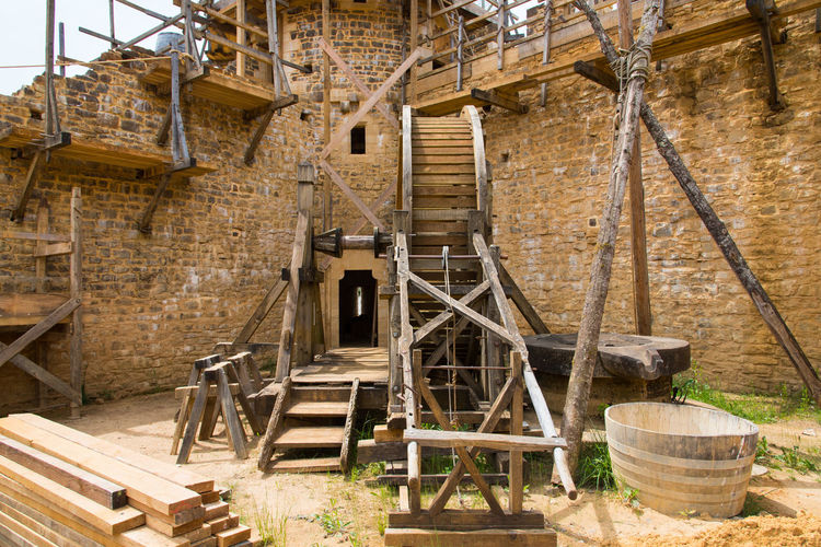 Castle Medieval Medieval Architecture Squirrel Cage Tower Stone Material Fortified Wall Fortification Watermill Machinery Factory Architecture Built Structure Construction Machinery Construction Construction Site Scaffolding Crane - Construction Machinery Construction Equipment Incomplete