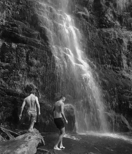 Two People Real People Waterfall Water Lifestyles Tropical Climate Outdoors Day People Nature